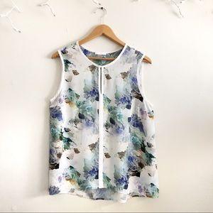 Dalia White/ Blue floral sleeveless blouse Large